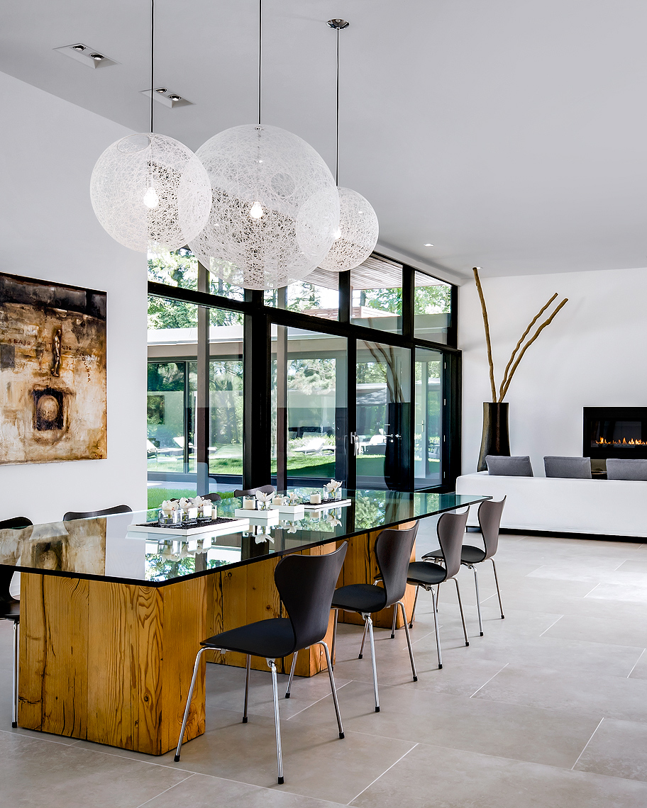 Mid-Century Modern Luxury Dining Room