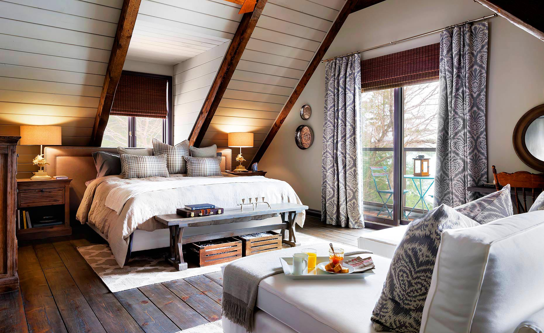 Rustic_Cottage_Bedroom
