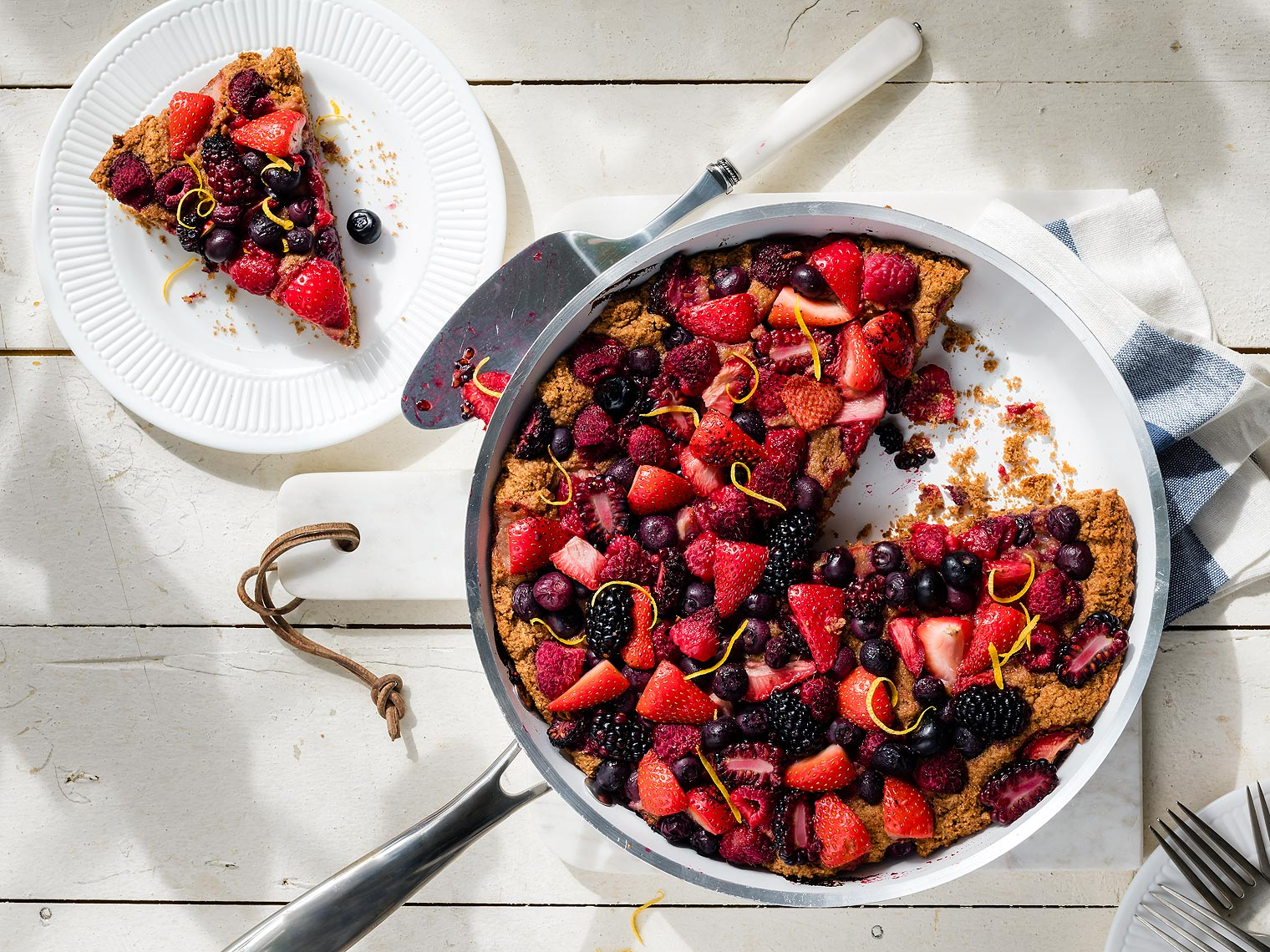 Grilled_Berry_Cobbler_Clean_Eating