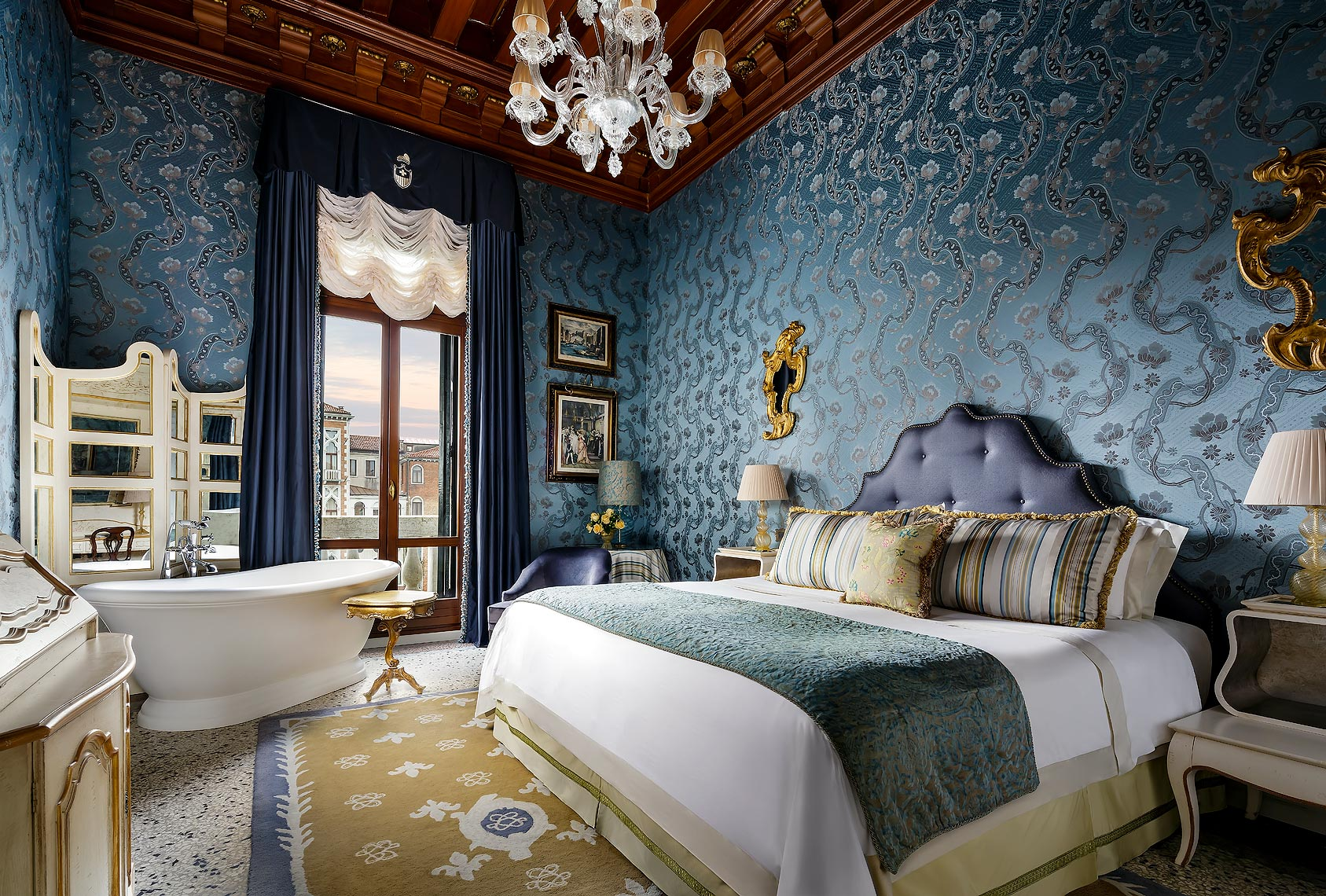 The Gritti Palace Landmark Canal View Guestroom
