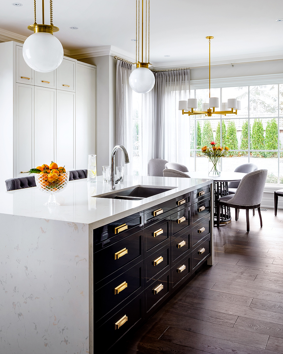 Princess Margaret Kitchen by Brian Gluckstein