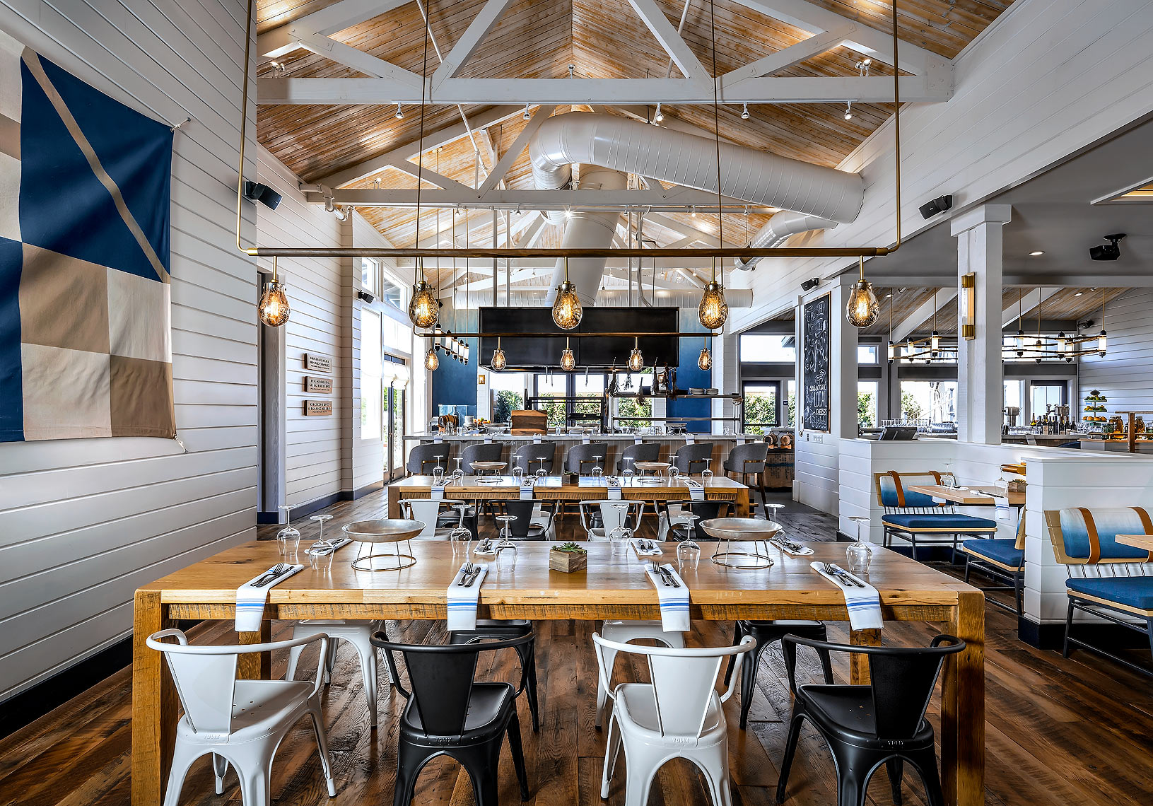 Saltwood_Restaurant_Monterey_California - Restaurant Photography