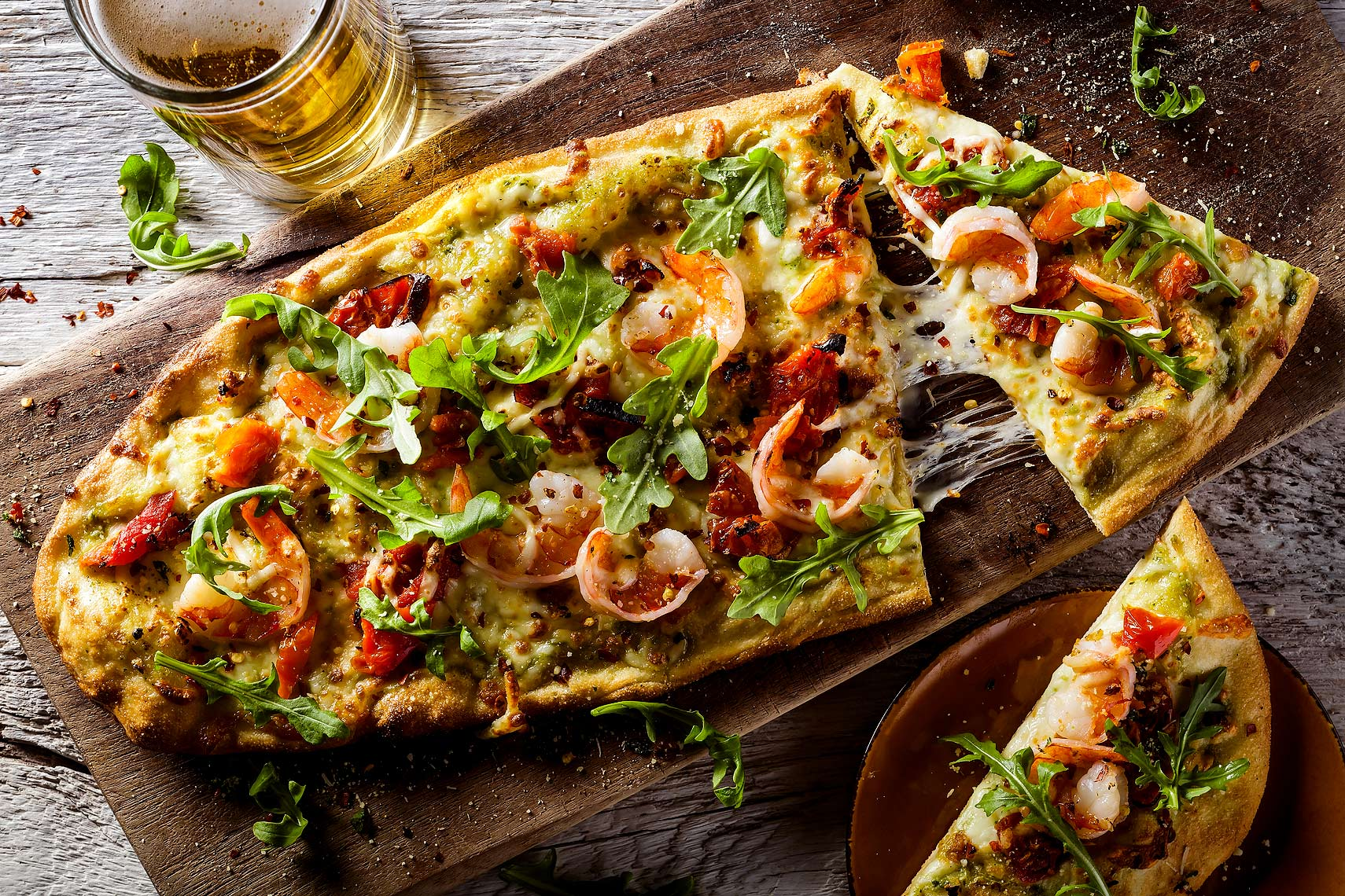 Shrimp_and_Rocket_Pizza_and_Beer