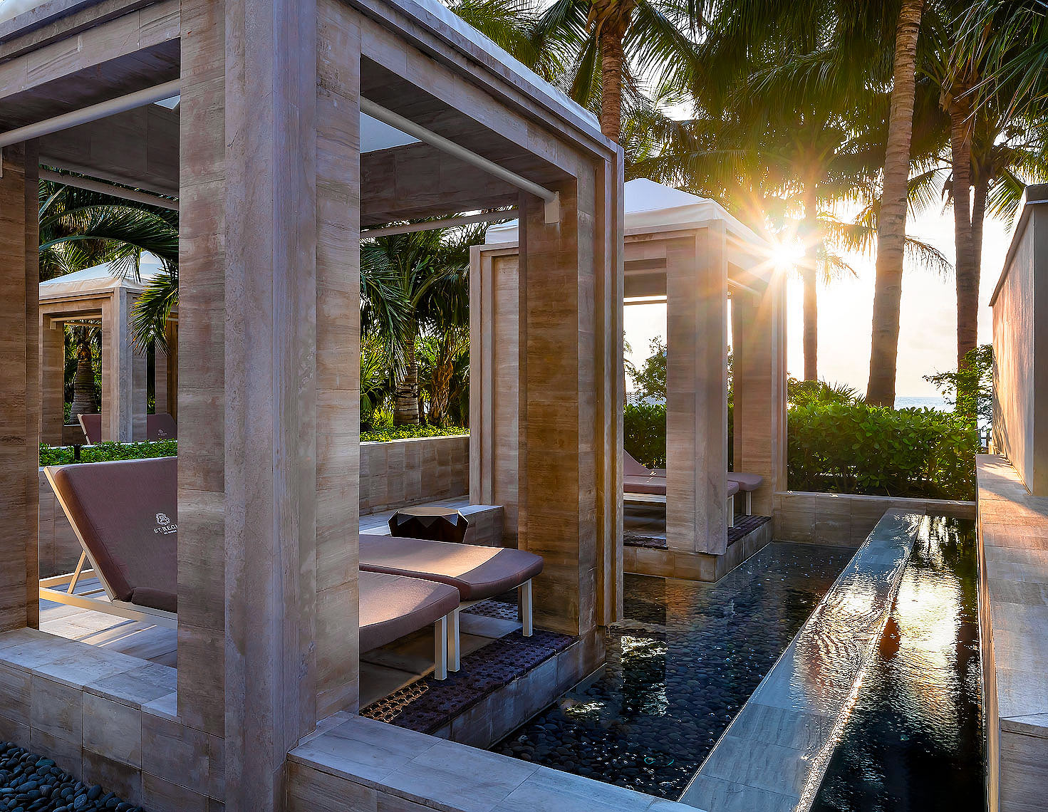 St_Regis_Bal_Harbour_Hotel_Cabanas - Resort Photography