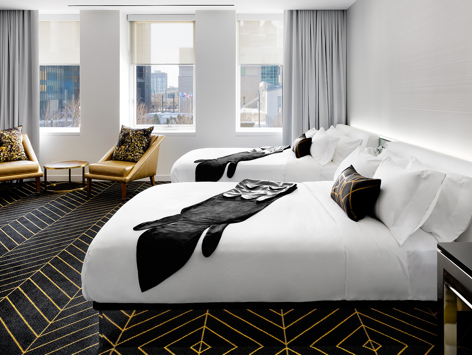 W_Hotel_Montreal_Guestroom