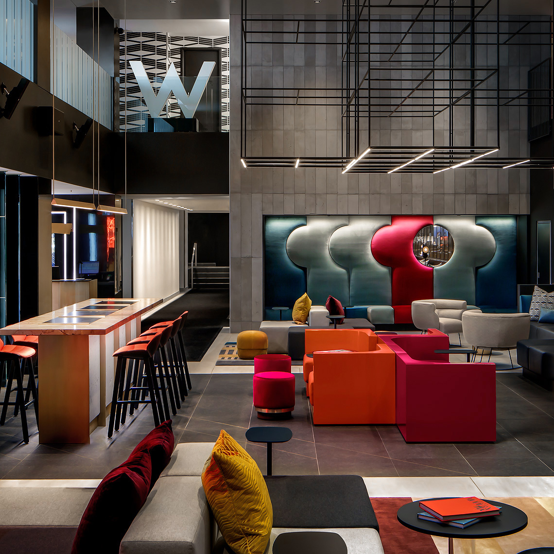 W Montreal - Lobby