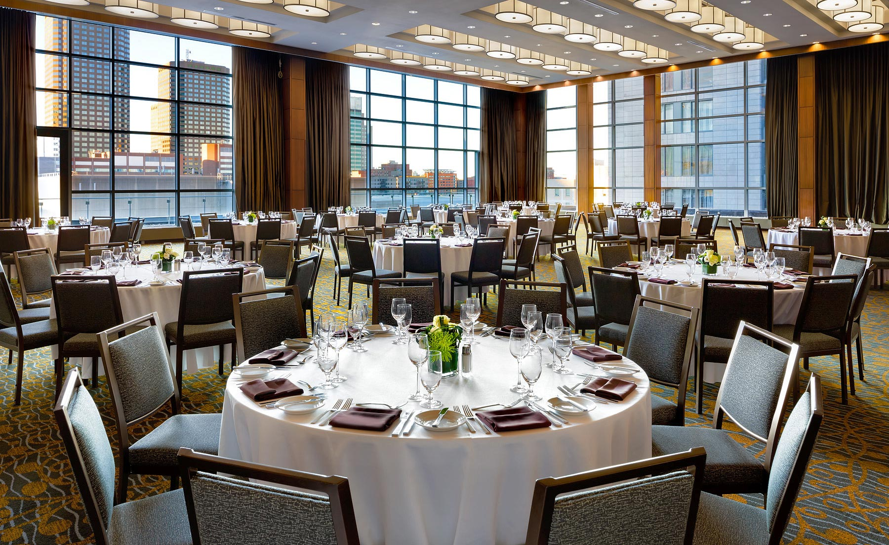 Westin_Montreal_Fortifications_Ballroom_rev